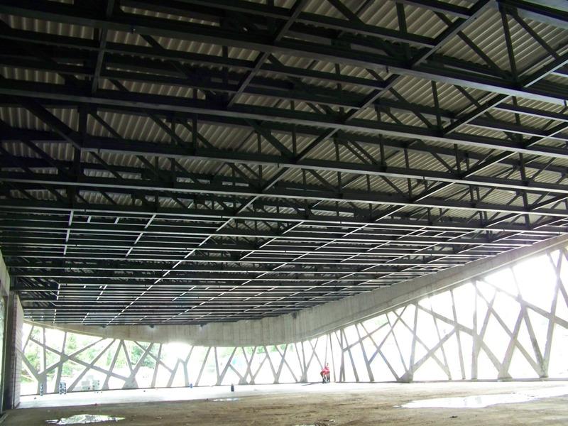 Góra Konstrukcja stalowa dachu sali bankietowej - Promostal SB28